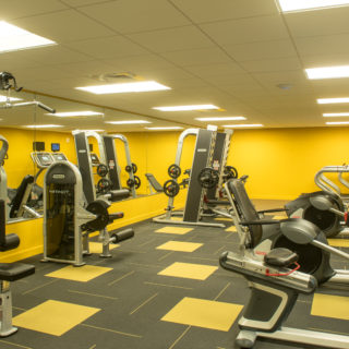 fully equipped fitness center in wilmington, de at midtown park apartments